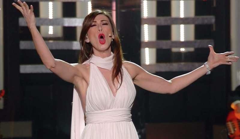 Virginia Raffaele durante l'esibizione